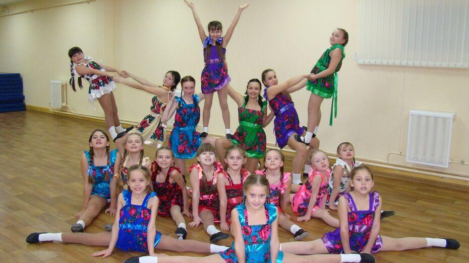 Хохольские акробаты победили на международном фестивале танца