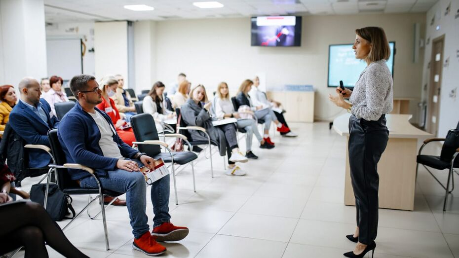 Тренинг по продажам «без впаривания» прошел в Центре «Мой бизнес» в Воронеже