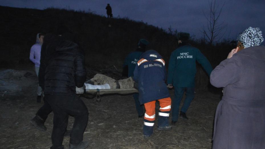 Врачи ввели пострадавшего при обрушении моста в Воронежской области в медикаментозный сон