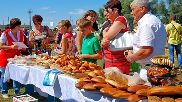 Бутурлиновские пекари представили свою продукцию на областном фестивале хлеба