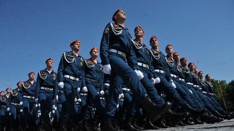 В параде Победы в Воронеже приняли участие 1850 человек