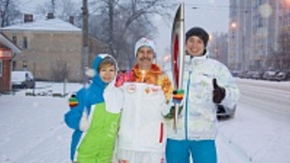 Второй факелоносец РИА «Воронеж» пробежал свою дистанцию на эстафете Олимпийского огня