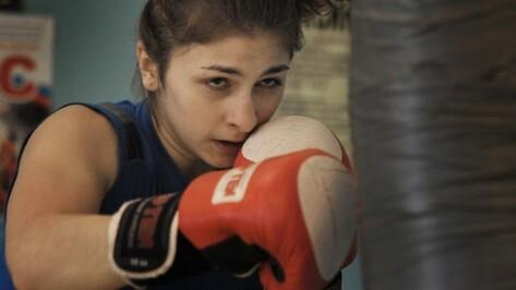 Воронежская спортсменка дебютировала в профессиональном боксе