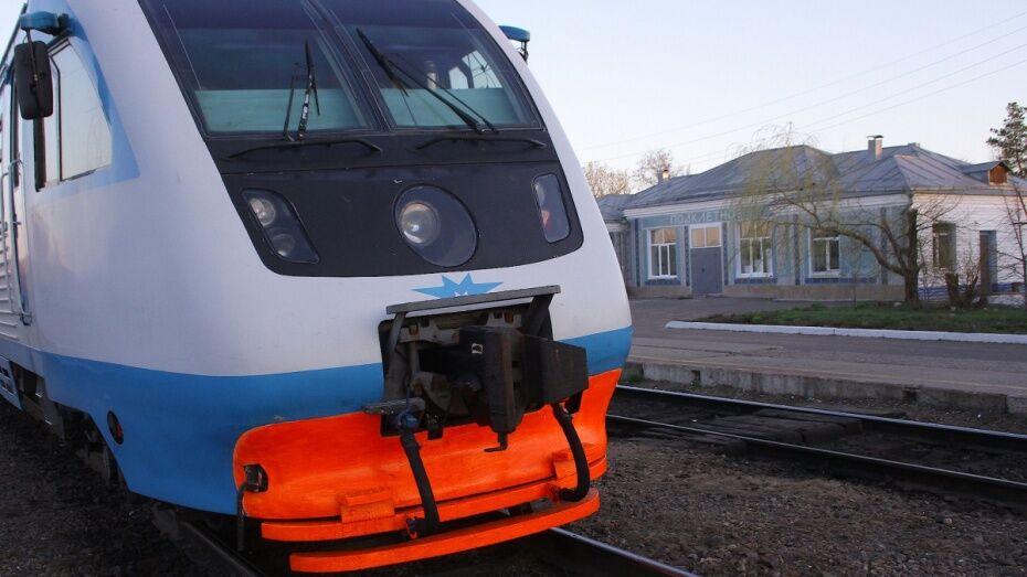 В Воронежской области из-за короткого замыкания светофоров задержали 4 пассажирских поезда