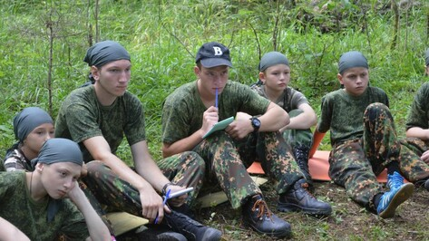Верхнемамонские школьники побывали на межрегиональных военно-патриотических сборах