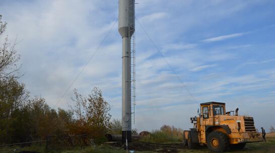 В эртильском селе Большая Добринка через 40 лет заменили водонапорную башню