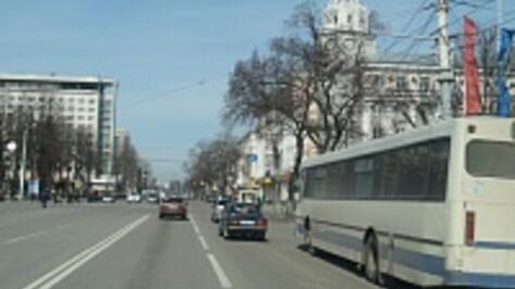 Воронежские власти будут бороться с нелегальными перевозчиками по «дорожной карте»
