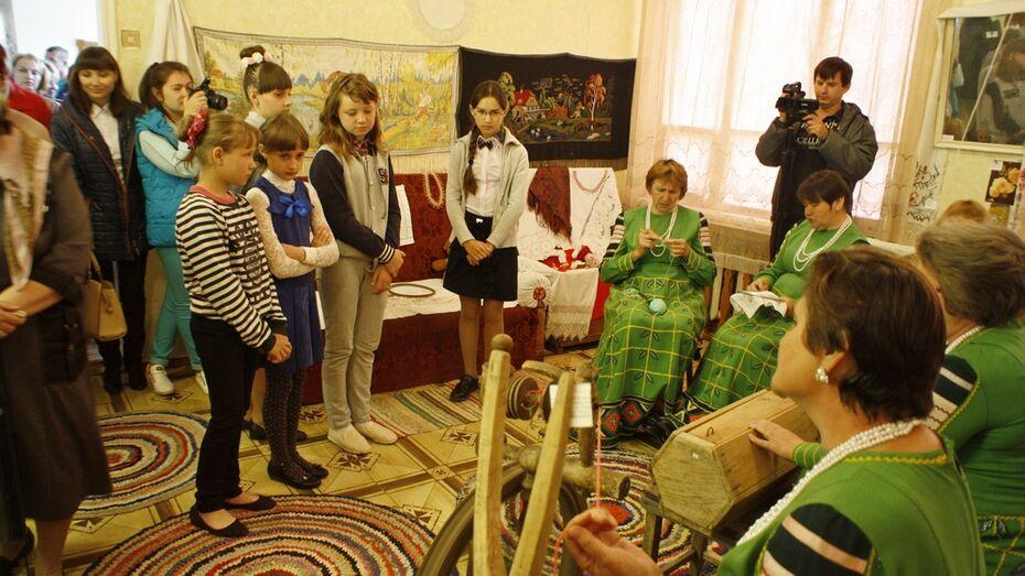 В аннинском селе открыли музей русского быта «Крестьянская изба»