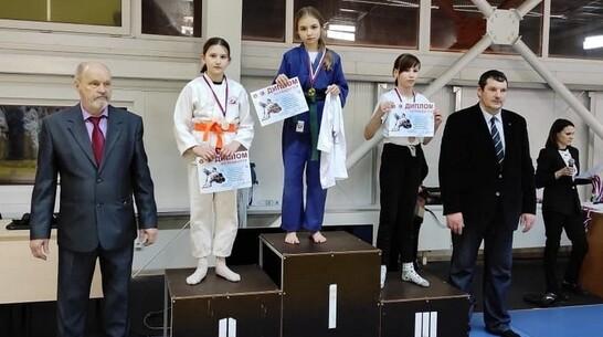 Павловские дзюдоистки взяли 2 «золота» Открытого областного турнира «Весенние надежды»