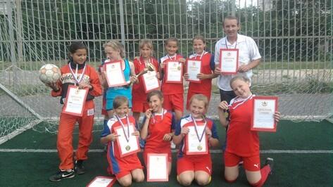 Верхнехавские футболистки завоевали золото в областном турнире
