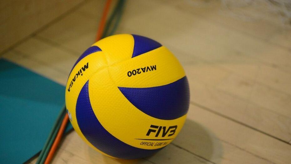 Воронежские волейболисты потерпели поражение от «Новы»