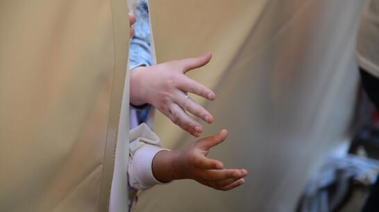 В Воронежской области многодетная приемная мать пыталась утопить ребенка