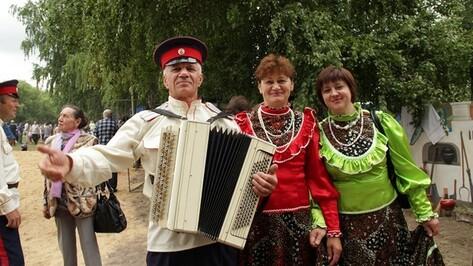 В Новой Усмани прошел ХV традиционный фольклорный фестиваль «На Троицу!»