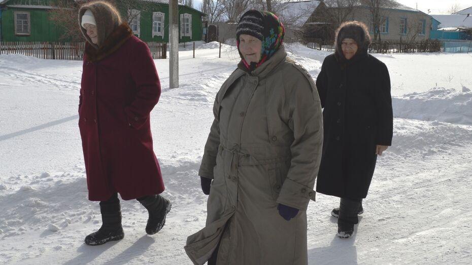 В Репьевском районе бывший медработник приобщила односельчан к оздоровительной ходьбе