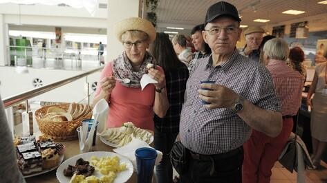 Немецкие аграрии оценили Центральный рынок Воронежа