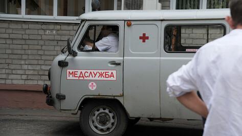 Недовольный долгим прибытием «скорой» воронежец напал на медиков