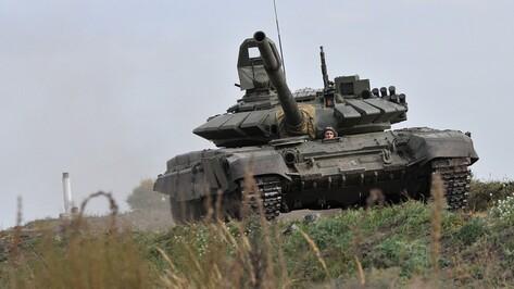 Военные ЗВО сразились в танковой дуэли под Воронежем