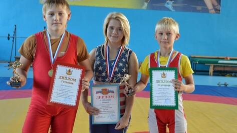 Репьевские борцы стали призерами межрегионального турнира
