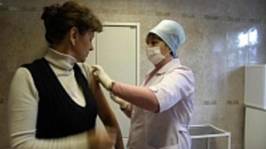 В Петропавловском районе началась вакцинация против гриппа