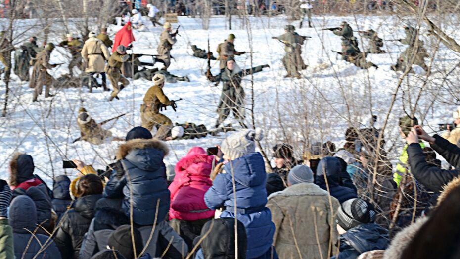 Воспитанники Павловской станции юных техников посетили реконструкцию битвы за Воронеж
