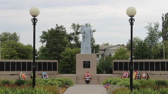 Книгу о памятниках и мемориалах района выпустят в Таловой