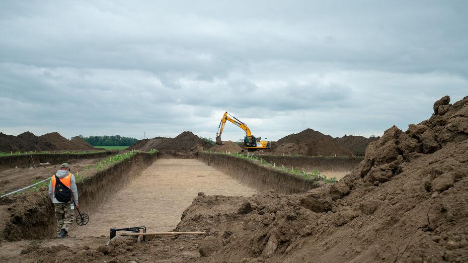 Пять древних погребений нашли во время реконструкции трассы М-4 «Дон» в Воронежской области
