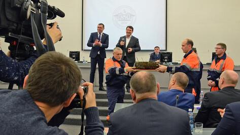 Музею инженерного дела опорного вуза Воронежа передали часть 100-летней трубы водопровода