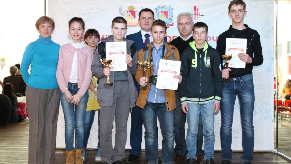 Острогожские школьники победили на областном фестивале «Дети, творчество, техника»