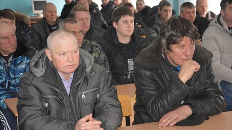 В Поворинском районе прошел обучающий семинар для механизаторов