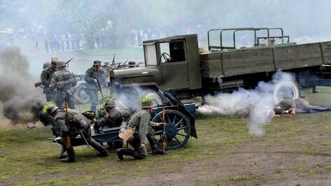 Реконструкторы воссоздали берлинский бой мая 1945 года в воронежском парке