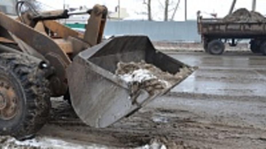 На дороги Павловска за сутки высыпали 72  тонны песко-соляной смеси