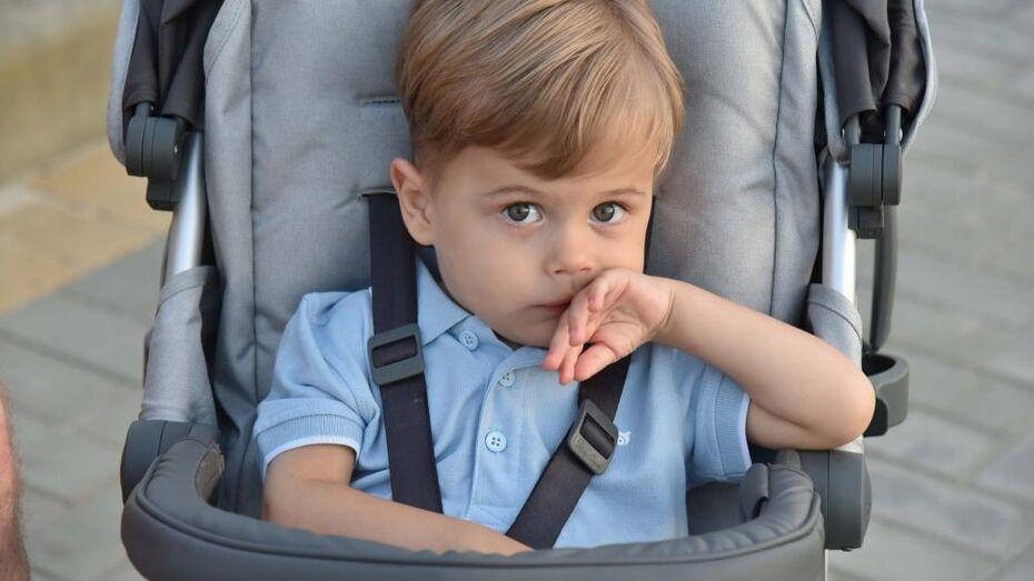 Родители мальчика из Воронежа, получившего укол за 155 млн, рассказали о состоянии сына