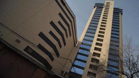 Разбившегося на стройке мужчину нашли на 13 этаже высотки