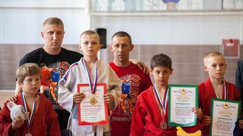Лискинские самбисты стали призерами областного турнира