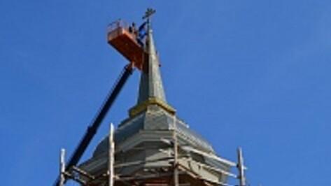 На колокольню храма в селе Карачун воздвигли крест