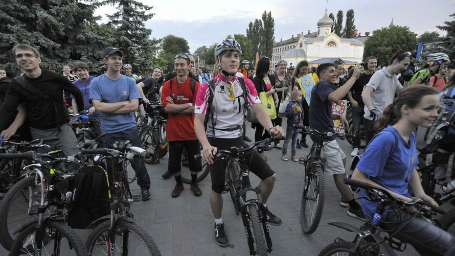 В Воронеже во время «Велоночи» разыграют «губернаторский» велосипед