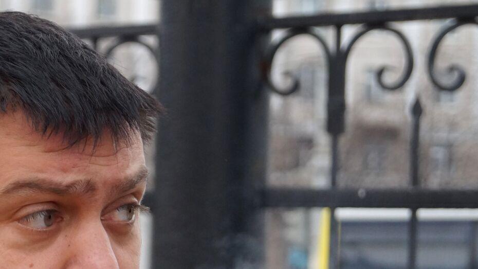 Житель Воронежской области избил случайного прохожего за взгляд