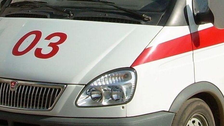 На въезде в Анну перевернулась машина «Скорой помощи»