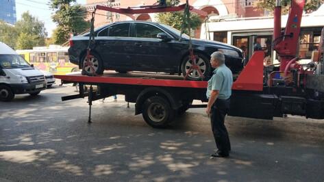 У воронежца арестовали Volvo за долги по 344 штрафам ГИБДД