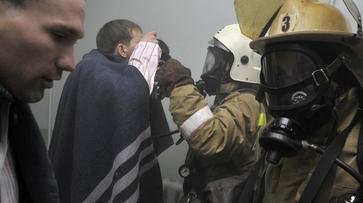 В Воронеже из-за пожара на балконе в многоэтажке пришлось эвакуировать 30 человек