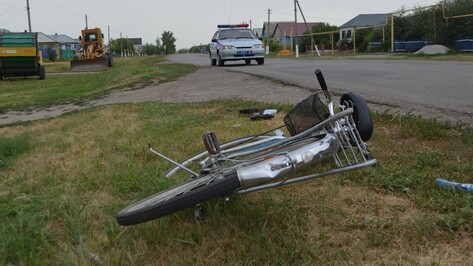 В Воробьевском районе автоледи сбила велосипедистку