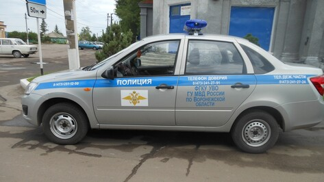 В Подгоренском районе при опрокидывание «ВАЗа» пострадал водитель