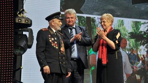 Лауреатом премии «Добронежец-2017» стал 100-летний воронежский ветеран