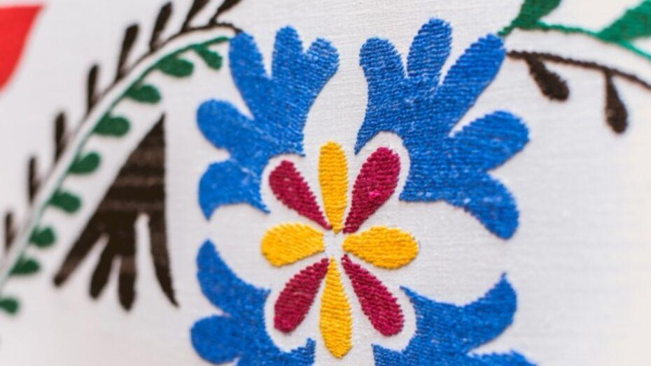 В Воронеже открыли сбор средств на выставку вышивок и орнаментов