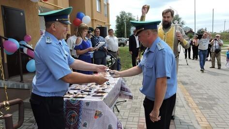 Кантемировские пограничники получили ключи от новых квартир