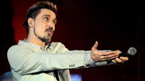 Дима Билан получил царапину во время концерта в Воронеже
