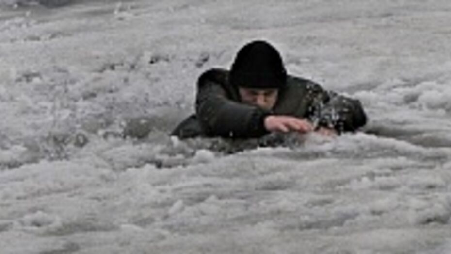 В Хохольском районе в Дону утонул рыбак