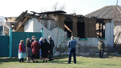 Под Воронежем из-за взрыва газа в жилом доме один человек погиб, еще один серьезно ранен