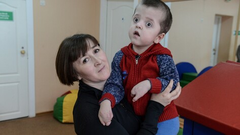Опекун малыша с синдромом Аперта попросила помощи у воронежцев