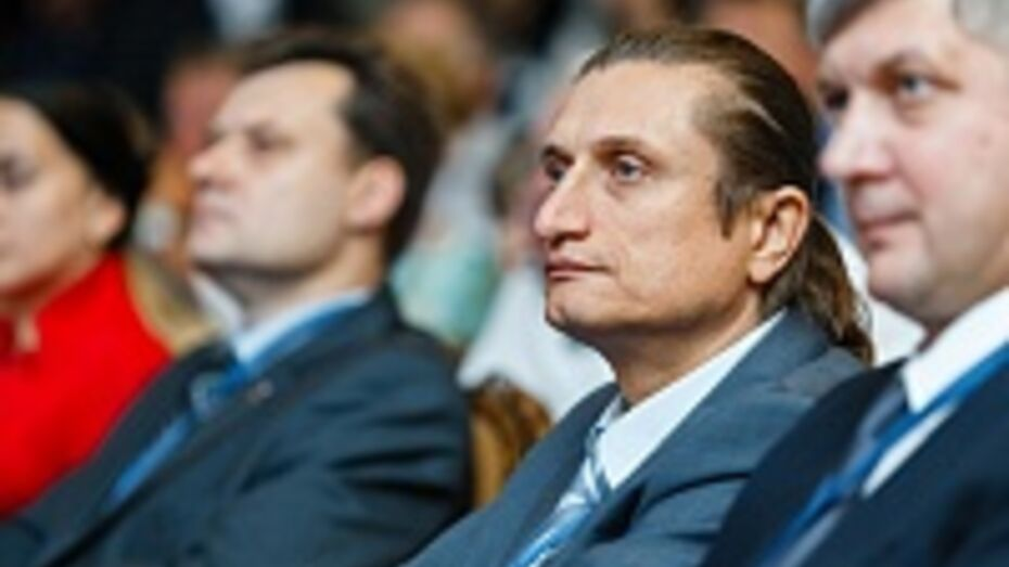 На 50-летие Сергей Чижов получил почетный знак «Благодарность от земли Воронежской»